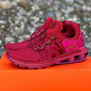 NEW Nike Shox Gravity Red Crush Floral Shoe